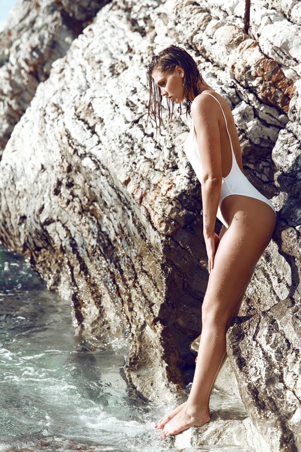 beachwear, beach, montenegro, makeupartist, fashioneditorial, american apparel, jenn werner, make up artist claudia astorino, beachshooting